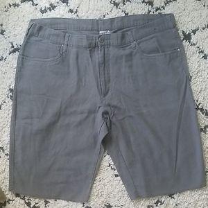 Hang Ten size 38 shorts